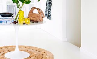 round rug decorating ideas