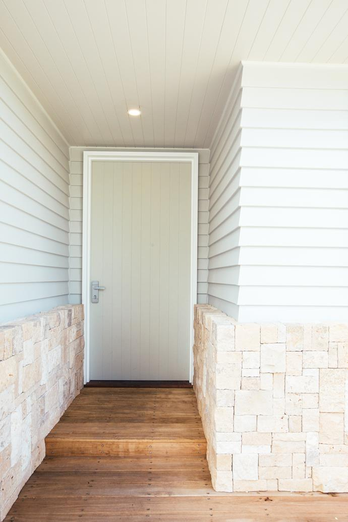 A Corinthian Deco oversized door creates an entry to impress.