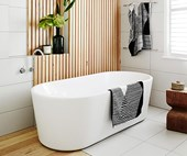 10 warm and soothing timber bathrooms