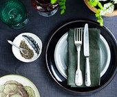 How to set your dining table like a stylist