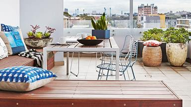 How to style your balcony with plants
