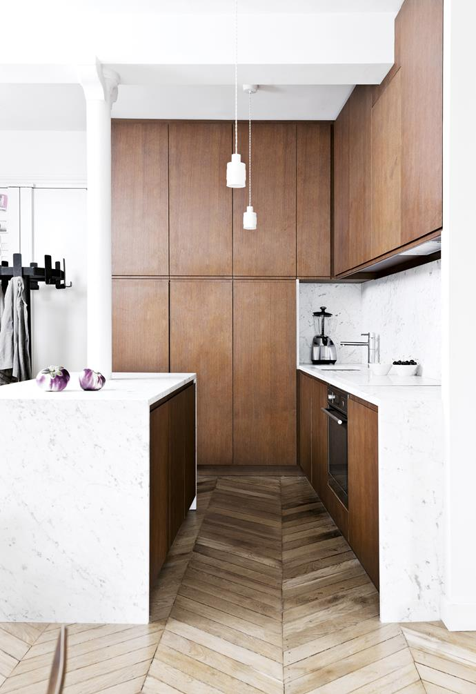 "**Paris match** In this tiny French apartment, the owner/architect ran cabinetry all the way to the three-metre ceiling. Don't forget to include a spot for a step ladder or stool to reach the highest shelves. *Design: [Camille Hermand](http://camillearchitectures.com/|target=""_blank""