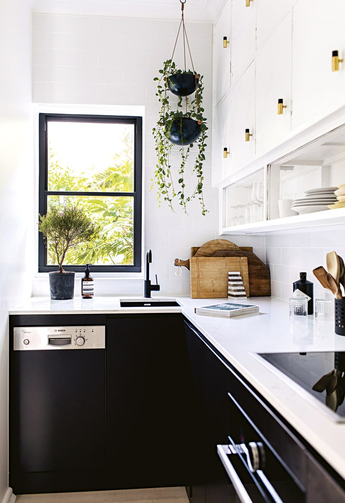 "**Little wonder** The owner says it's 'as small as a kitchen can be', which meant choosing a compact dishwasher and small sink to fit, plus loads of storage. *Design: [Jillian Dinkel Designs](http://jilliandinkel.com/|target=""_blank""