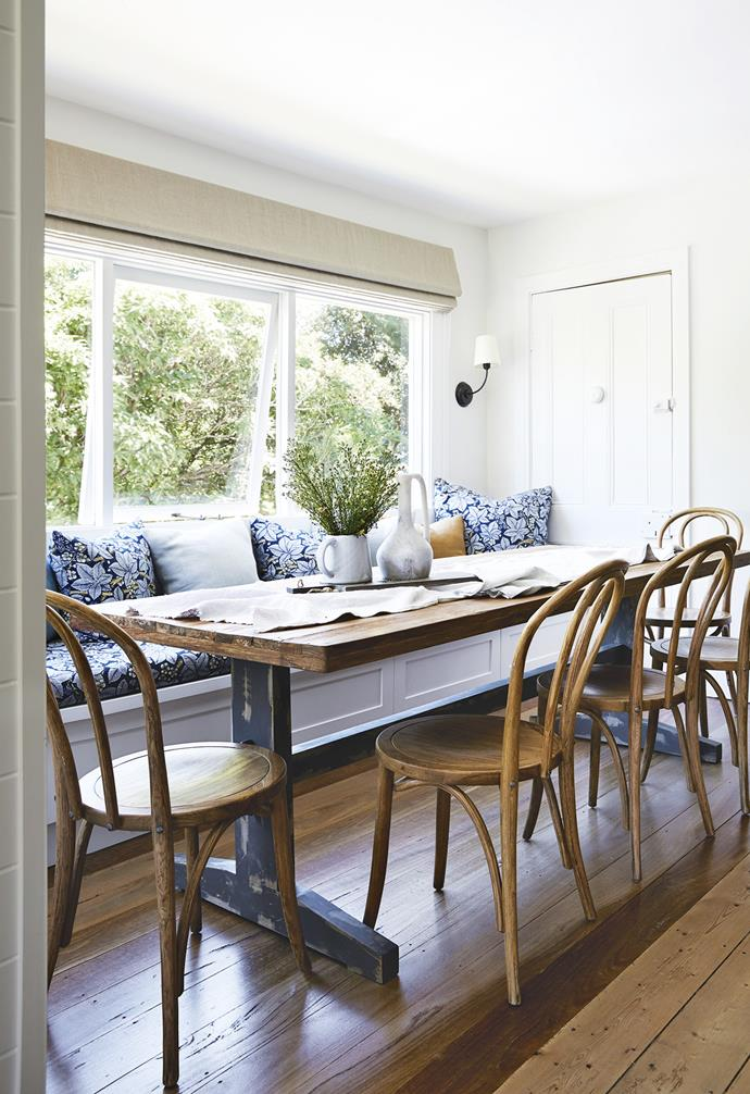 "**Dining area** Banquette seating in William Morris fabric from The Dempsey Group complements the large [House Of Orange](https://www.houseoforange.com.au/|target=""_blank""