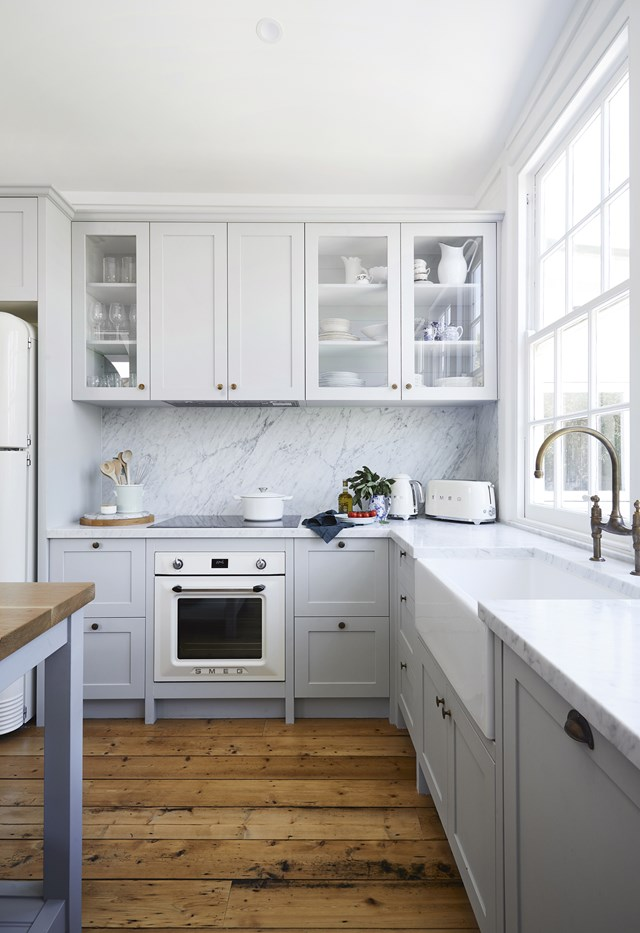 "Designed by former Block contestants Dea and Darren Jolly, this [seaside cottage](https://www.homestolove.com.au/the-blocks-dea-and-darren-renovated-this-charming-seaside-cottage-7035|target=""_blank"") has been given a period-sensitive update. Retro inspired appliances are a nod to the home's history while a tonal colour palette adds sophistication."