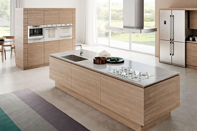 "[Smeg's Linear white ceramic surface stove top](http://www.smeg.com.au/product/pva164cb/|target=""_blank""
