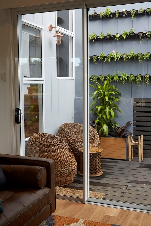 Although the judges weren't impressed with this space, the greenwall is a great idea in our eyes.