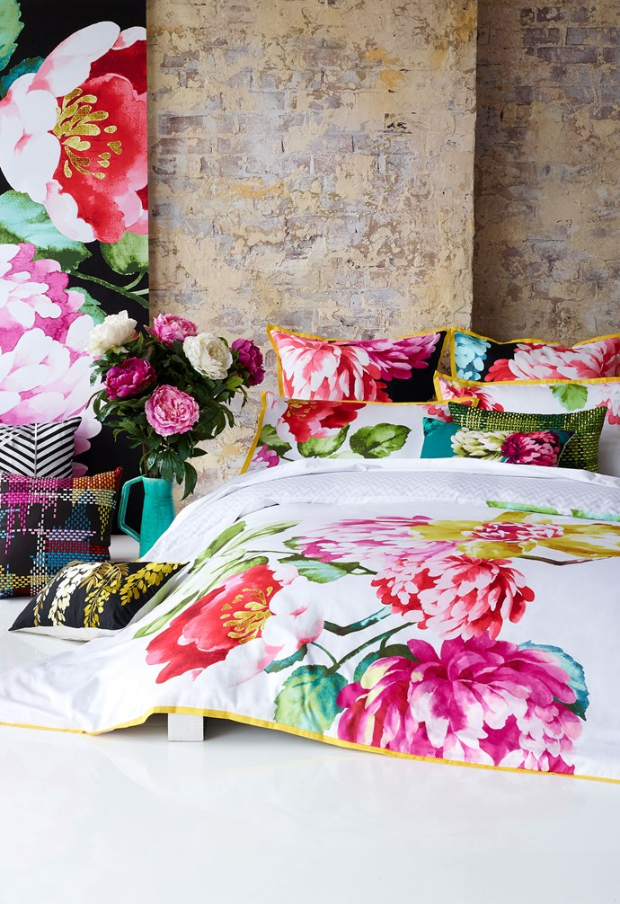 "**Nourish and flourish** Bring the outdoors in by introducing foliage into your bedroom. Green plants or flowers add colour, fragrance, personality and nature to your nook. Whether you're after a chic vase with a floral arrangement or a more permanent [indoor plant](http://www.homestolove.com.au/10-ways-to-style-indoor-plants-3042|target=""_blank""), the organic shape and textures will nicely complement your bedroom furnishings."