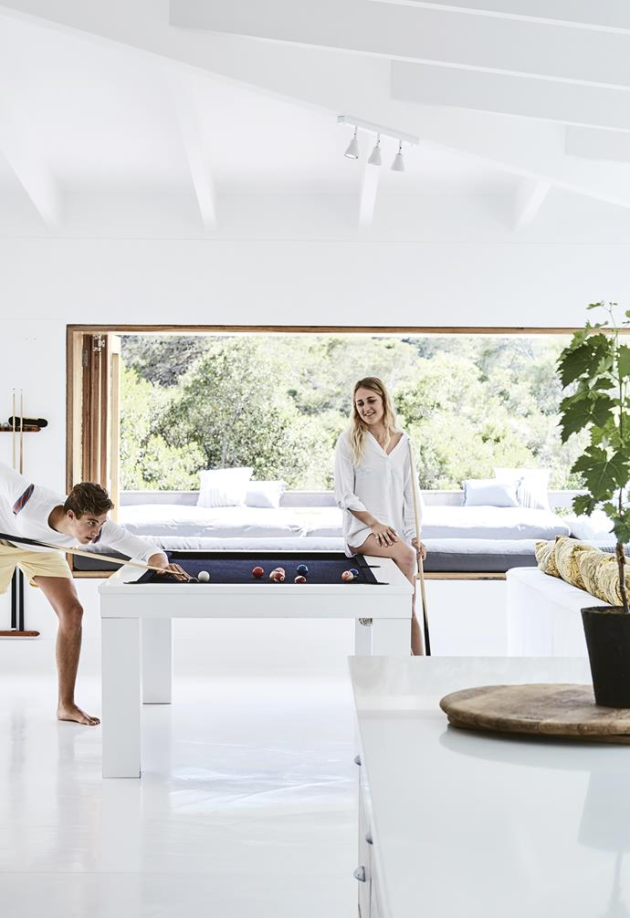 **Snooker table** Kids of all ages naturally gather at the custom snooker table. The white floor is screeded with Earthcote's Alabaster. *Styling: Sven Alberding | Photography: Warren Heath*.