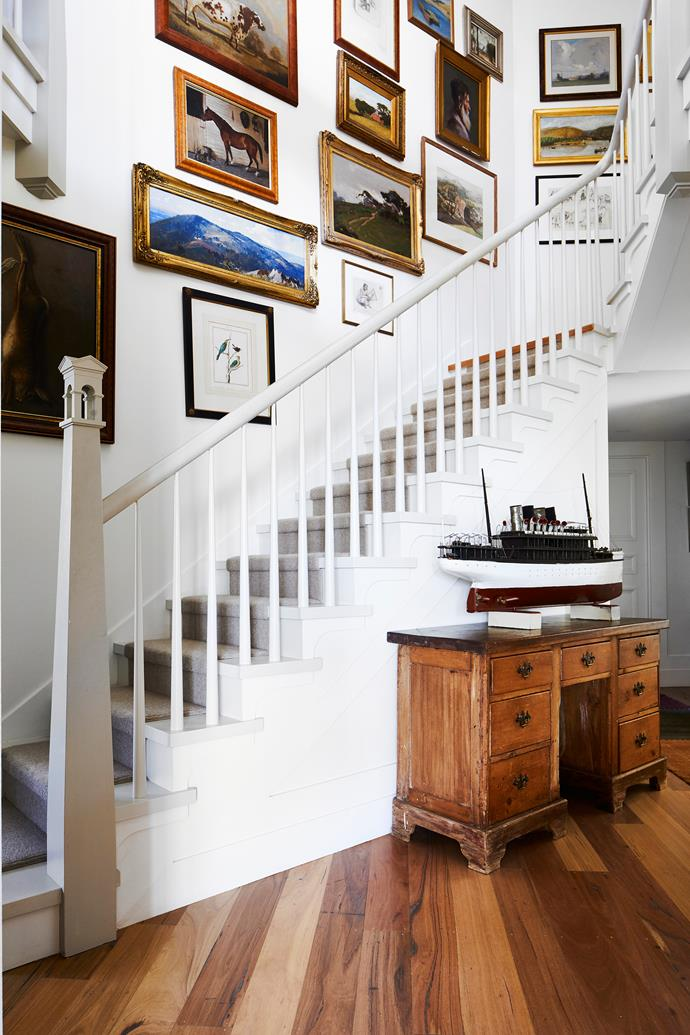 There are touches of Australiana at every turn here: the post office-inspired newel post is a fine example. An antique model steamer is fitting for this coastal location. It sits atop a mid 19th-century desk.