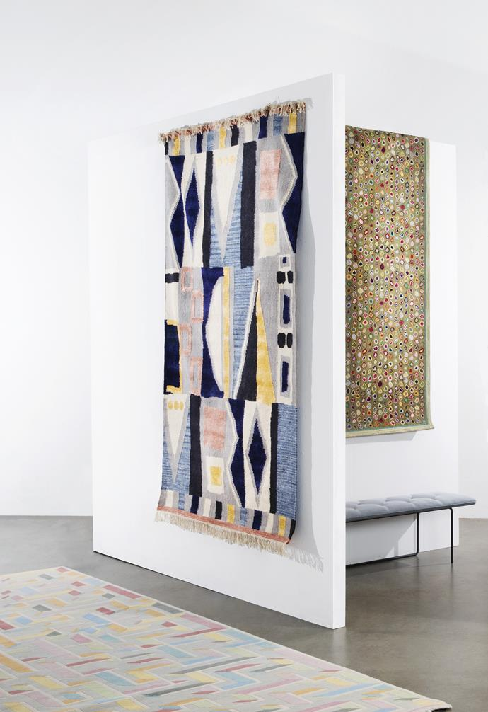 "**Works of art** *On walls, from left*: 'Vienna' dhurrie rug, $499/152cm x 244cm, [West Elm](http://www.westelm.com.au/|target=""_blank""