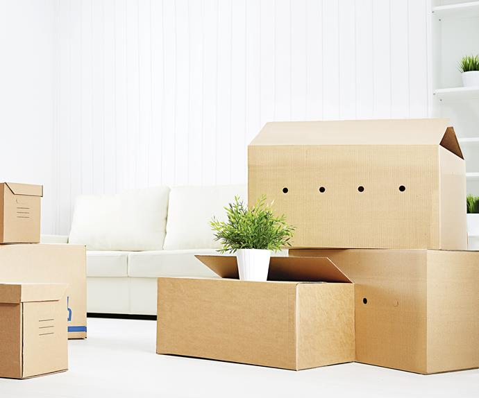 moving house packing box cardboard