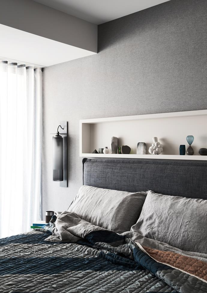 "[Lovely linen](https://www.homestolove.com.au/lovely-linen-buys-7174|target=""_blank"") in cool grey tones make for a soothing bedroom retreat."