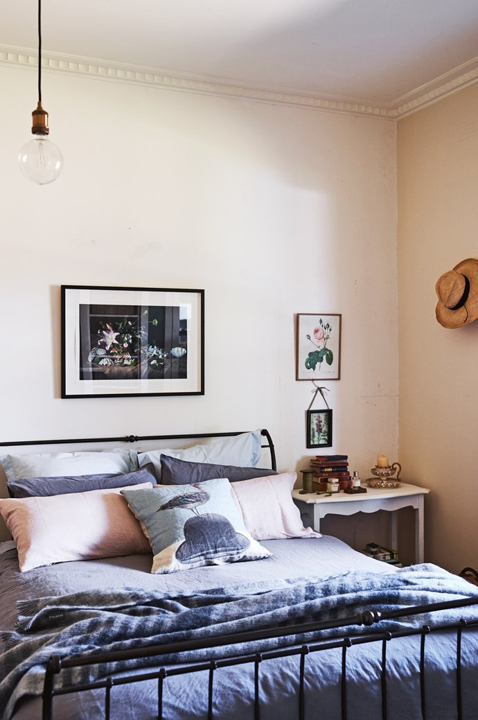 A photographic print by Simon Griffiths hangs above the bed in the main bedroom.