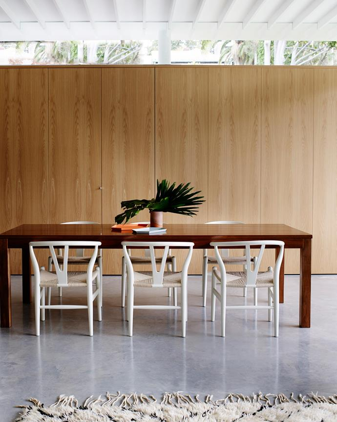 "Indoor and outdoor spaces were connected through new openings, creating an al fresco dining area that flows seamlessly from the kitchen. ""Existing finishes such as [Carrara marble](http://www.carrara-marble.com.au/
