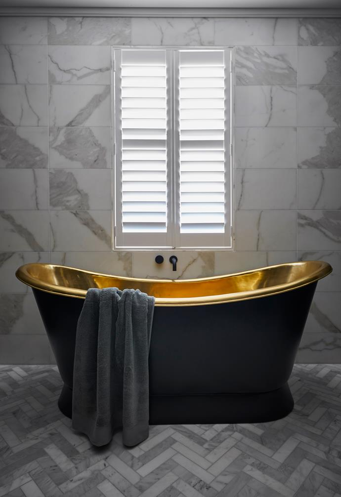 **Hayden and Sara** The much talked about brass bath tub cost the pair a whopping $8000.