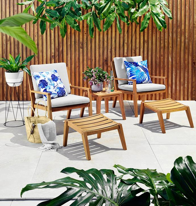 """[Louie 5-Piece Chat Setting](https://www.harveynorman.com.au/louie-5-piece-outdoor-balcony-setting.html