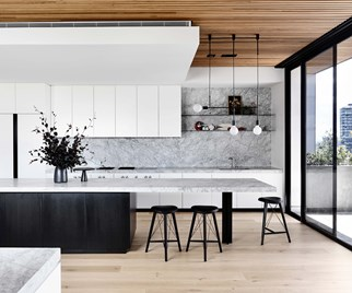 Black veneer and marble kitchen