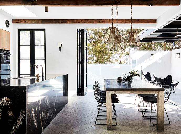 "Interior designer Leanne Smealie of Ampersand Interiors asked architect Brian Hess of Hess Hoen to transform her [Federation property](https://www.homestolove.com.au/a-modern-rustic-family-home-with-artisanal-appeal-6366|target=""_blank"") into a modern family home that embraced the outdoor lifestyle they home. *Photograph*: Prue Ruscoe. From *Belle* February/March 2018."