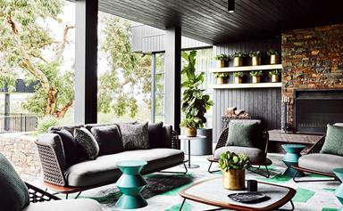 10 indoor-outdoor living spaces