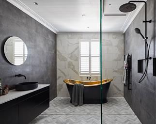 hayden and sara bathroom