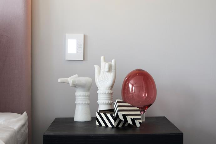 """Marble **hands**, $490, from [Fenton & Fenton](https://www.fentonandfenton.com.au/products/marble-hands-pair