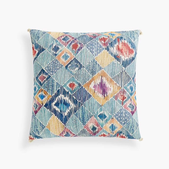 "Geometric print **cushion cover**, $49.95, from [Zara Home](https://www.zarahome.com/au/new-in/view-all/geometric-print-cushion-cover-c1020119517p300733136.html?ct=true|target=""_blank""