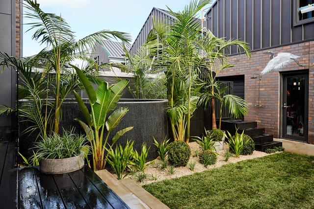 **Outdoor/pool area:** Who could forget Ten-tonne Tessie? Yes, it cost them an absolute bomb and yes, it was tricky to crane in but it was well worth it in the end. What they lacked in an entertaining area, they made up for with this stunning circular pool, nestled in lush foliage to create the ultimate backyard oasis.
