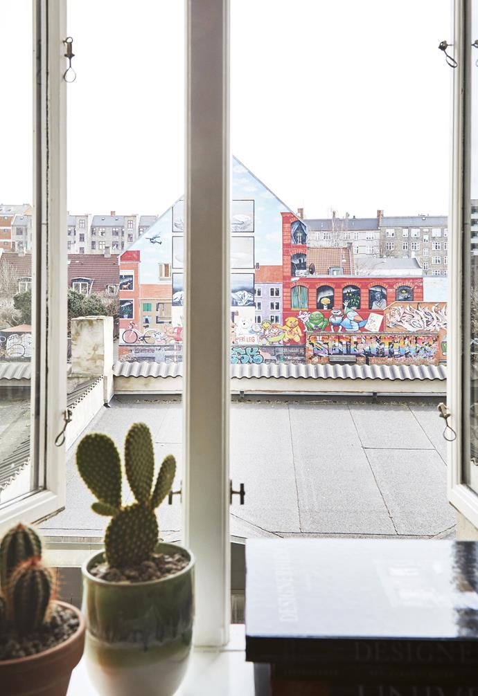 **Terrace** The view from the flat shows a mural in nearby Bananna Park.