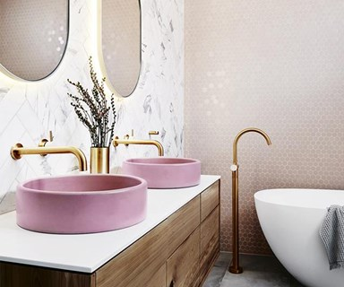 Millennial pink bathrooms that really make a splash