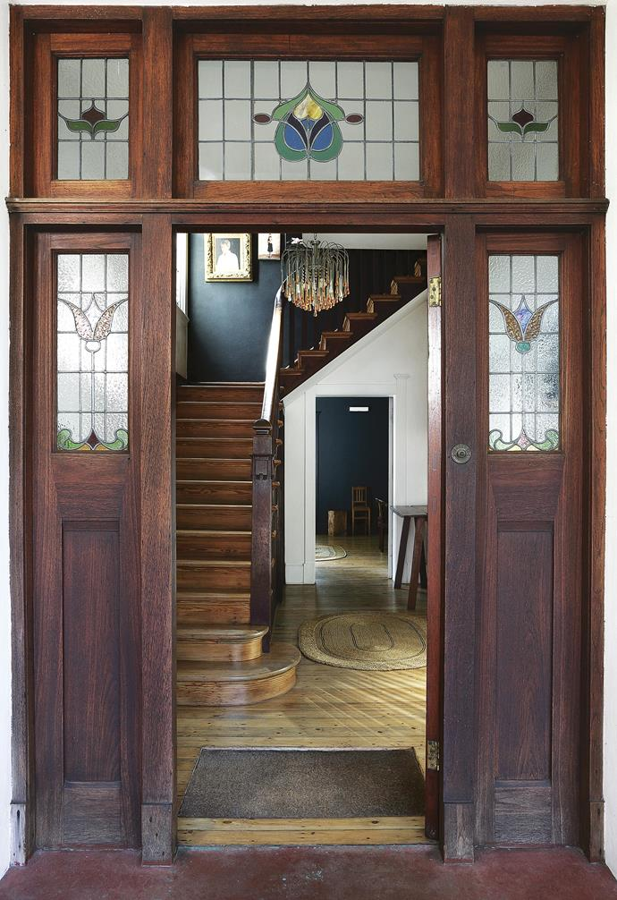 """**Entry** Original [stained glass windows](http://www.homestolove.com.au/stained-glass-window-design-tips-14403