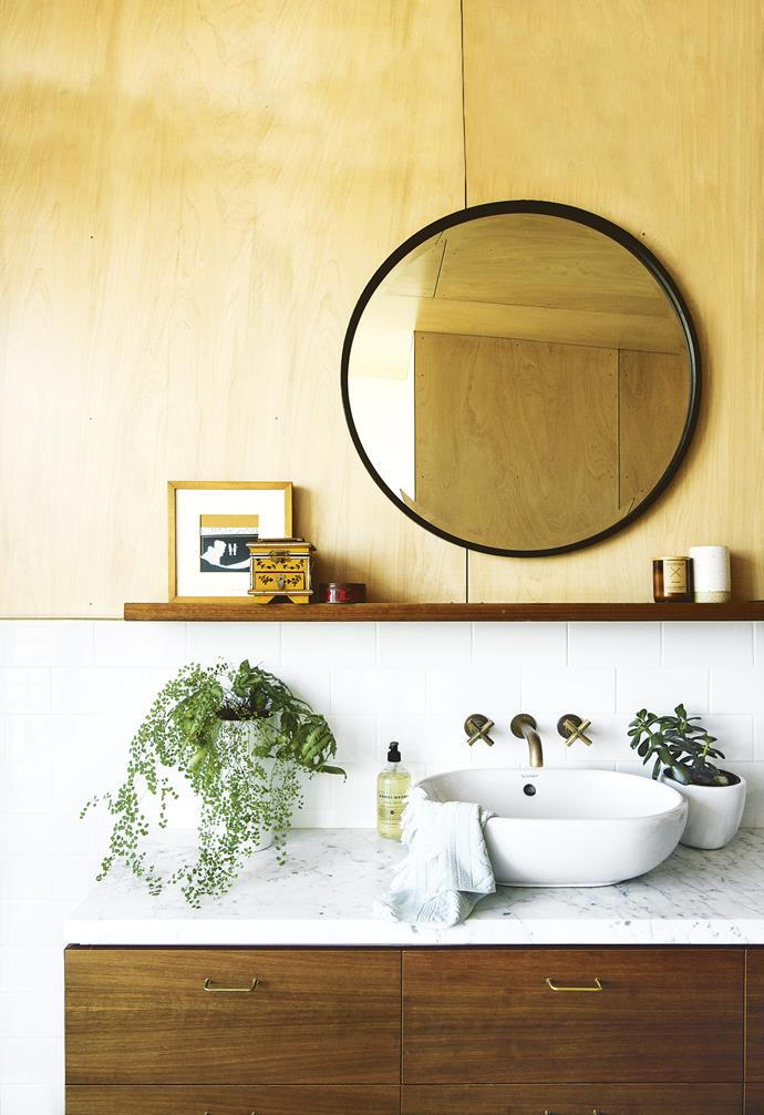 """**Go green** Add life and movement [to your bathroom in the form of greener](http://www.homestolove.com.au/the-best-indoor-plants-for-bathrooms-4893