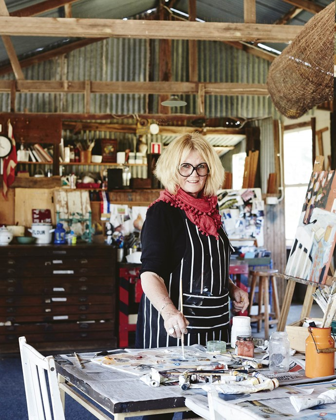 Annie hosts residential art classes in a converted woolshed on the family farm at Rydal.