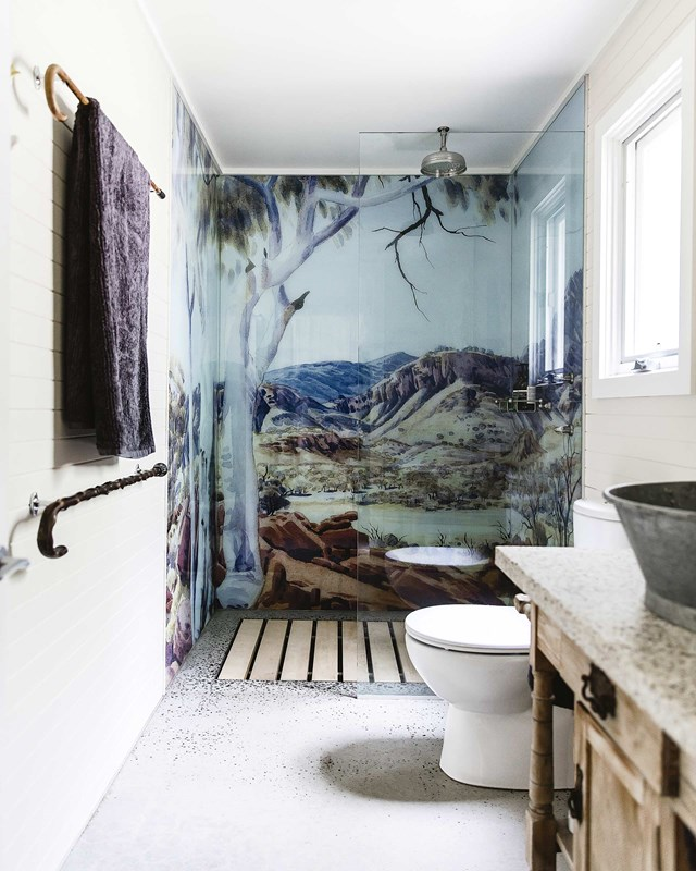 """In a [Blue Mountains bush cottage](https://www.homestolove.com.au/modern-australian-bush-home-12157