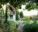 Magnificent Adelaide garden grown from recycled materials