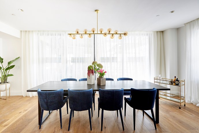 """Drinks trolley? Check! Luxe velvet dining chairs? Check! Celestial pendant light? Check! Hayden and Sara's [dining room](https://www.homestolove.com.au/the-block-2018-living-and-dining-room-reveals-18942