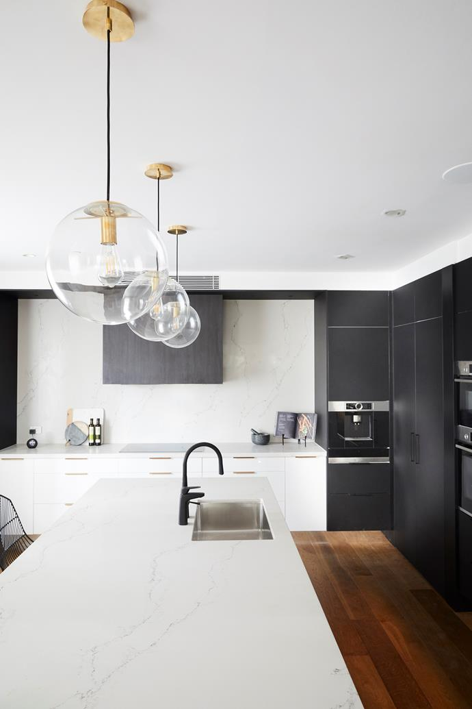 "Sleek and sophisticated, [Hayden and Sara's kitchen](https://www.homestolove.com.au/the-block-2018-kitchen-reveals-18996|target=""_blank"") was praised by the judges. The pair took a risk by changing the orientation of the centre island, but it all paid off in the end."
