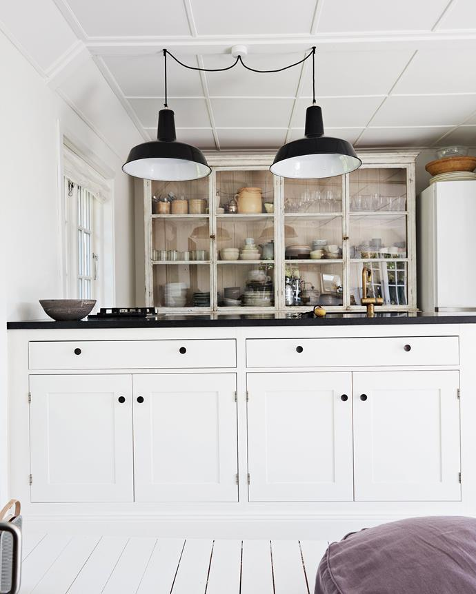 "Jette renovated the kitchen, installing a cabinet she bought at an auction and an island with a granite worktop. The Reluma industrial pendant lights are available in Australia from [Pamono](https://www.pamono.com.au/|target=""_blank""