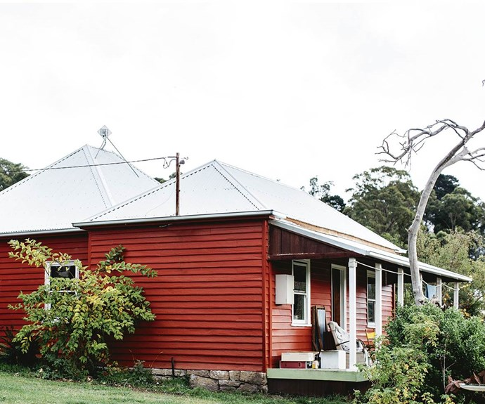 "Many people often stop to praise [this Tasmanian cottage](https://www.homestolove.com.au/quirky-artist-hideaway-in-tasmania-13906|target=""_blank"")'s welcoming red hue, which was custom-mixed to emulate traditional Finnish red wooden houses. Belonging to two ceramicists who hail from Europe, the home was built in 1870 and is one of many little farmhouses scattered over the Huon Valley. 