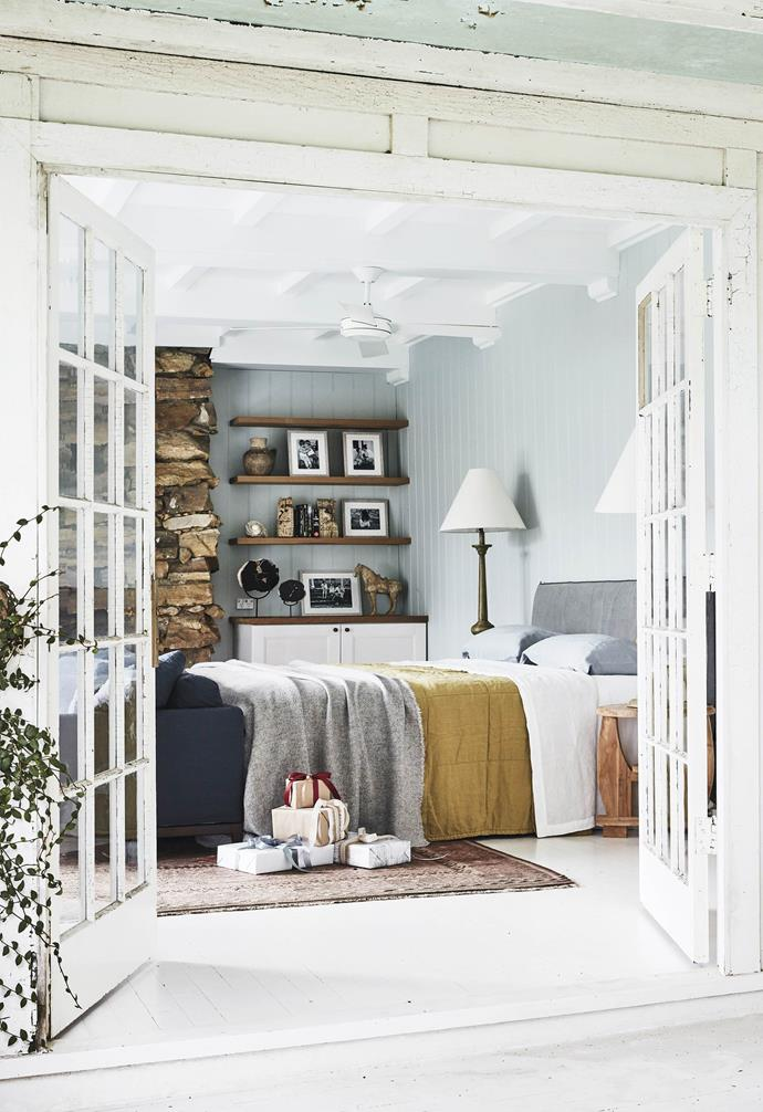 "**Master bedroom** [Porter's Paints](https://www.porterspaints.com/|target=""_blank""