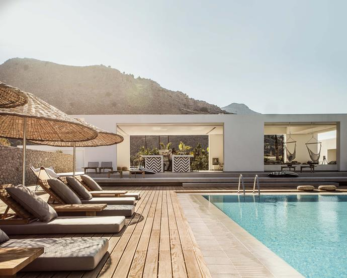 """**Island Escape**: With a clever mix of earthenware, timber and raffia designs, you can bring an exotic locale into view. *Photo: Georg Roske courtesy of [Casacook](https://casacook.com/