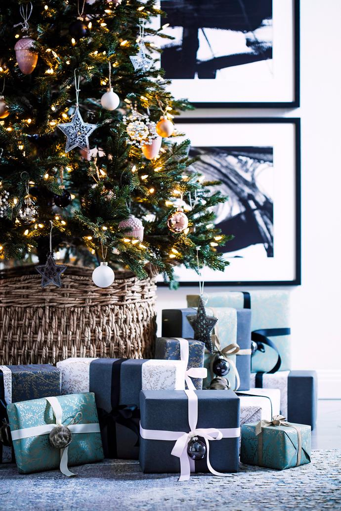 Selecting a theme will help you sort out which decorations to use, and which ones to store away for next year.