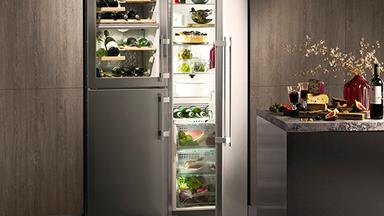 4 high-tech fridges that are great for families