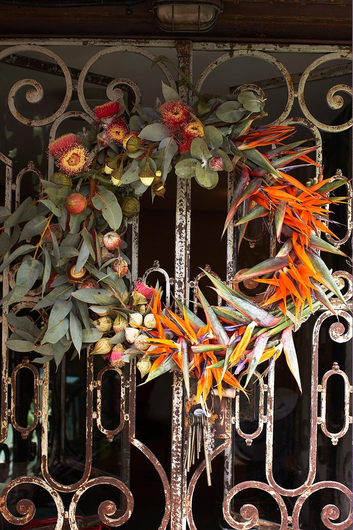 "**Tropical meets native wreath**: [Bird of paradise flowers](https://www.homestolove.com.au/large-indoor-plants-6637|target=""_blank"") transform this Eucalyptus leaf wreath into a firey eye-catcher. The orange flowers of birds of paradise symbolise freedom and joy, which makes this combination perfect for the festive season. *Photo: Hugh Stewart / bauersyndication.com.au*"