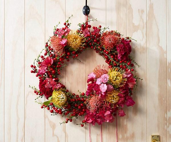 How To Australian Native Christmas Wreath Inside Out