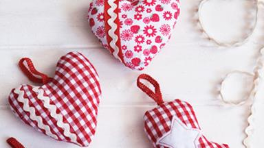 How to create scented Christmas ornaments