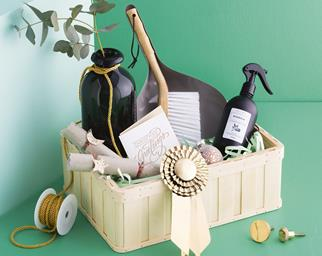 4 DIY Christmas hamper ideas to make for your loved ones