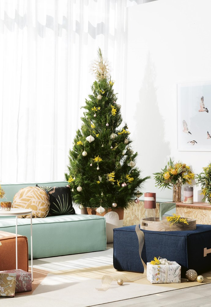 **Mod Oz Christmas** Beachy brights are balanced by ochre tones in this sleey yet nature-inspired scheme. *Styling by Jono Fleming with assistance by Chris Xi, Melissa McMeekin, Romain Dossou-Yovo and Katelyn Tripodi | Photography: Sam McAdam-Cooper*.