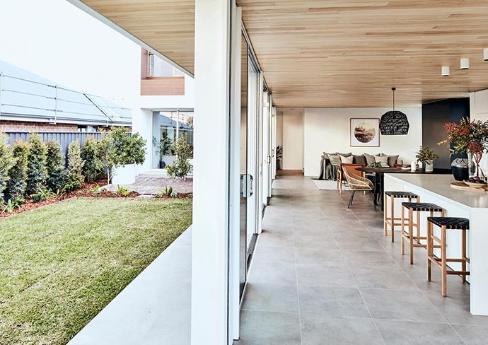 "[Taubmans Crisp White](https://www.taubmans.com.au/colourcentre/colour-details/63336/crisp|target=""_blank""