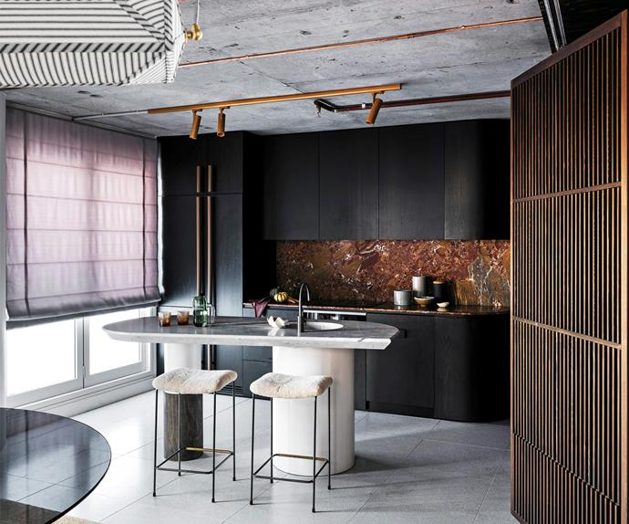luxe apartment kitchen